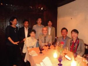 カニユニの会メンバー、前列はC教授夫妻とM先生