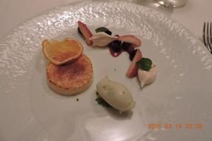 レモンのクリームブリュレとベルベーヌのシャーベットとキイチゴのマリネ