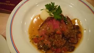 パリ風ローストビーフ(マッシュルームのソース)